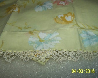 Beautiful Vintage Standard Pillowcases, New Condition, Tatting Added, Yellow Floral