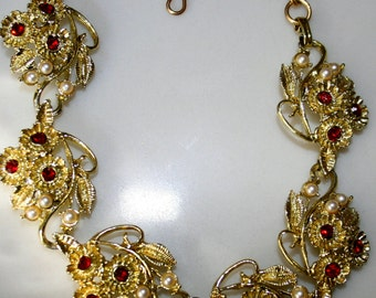 Vintage 50s Necklace gold tone with Red Rhinestones and Faux Pearls Statement Necklace Lucy Rockabilly Mad Men