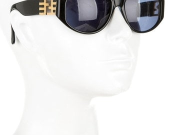10,000 LIKES 7 Day Sale 80s FENDI Luxe Minimal + Chic Thick Cat Eye Vintage Designer Sunglasses w/ Gold Logo Temples