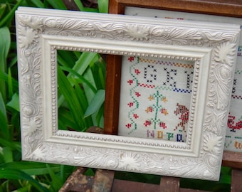 Frame, White Frame, Rectangle Frame, Cottage Chic, Shabby Decor, Wall Hanging, Ornate Frame, Painted Frame, Frame without Glass, Wall Frame