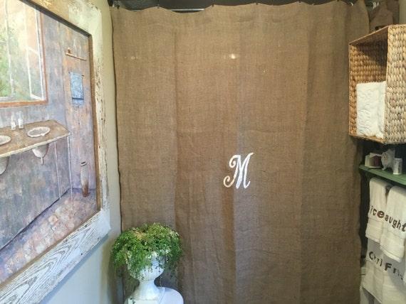 nouveau rideau de douche de toile de jute avec monogramme. Black Bedroom Furniture Sets. Home Design Ideas