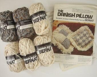 "Vintage Bernat 1976 Mid Century Modern Danish Pillow  Kit by Bernat - 6 Skeins Bulky Yarn - Natural Tones - New - 16"" x 16"""