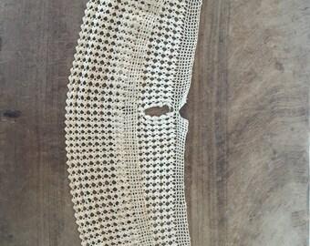 Antique lace / crochet