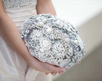 Brooch Bouquet 14 inch bouquet depsoit