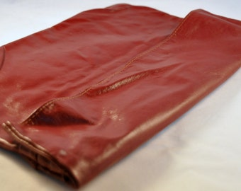 Vintage Leather Burgundy Red Clutch / Purse 70's - Fabulous