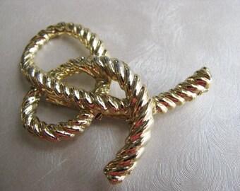 Vintage Goldtone Ribbon Brooch - Vintage Flower Pin - Unique Brooch