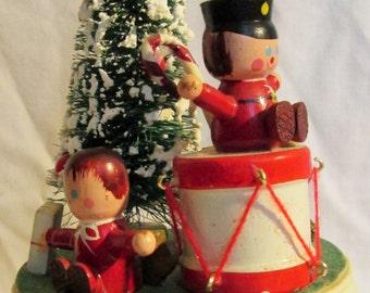 Bottle Brush Christmas Music Box