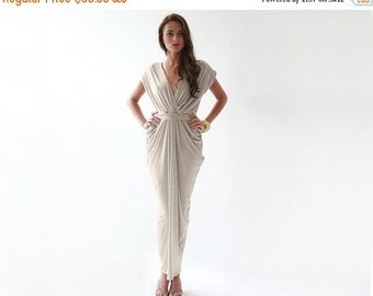 Formal maxi champagne dress , Open back champagne sleeveless gown