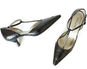 Vintage 90s Ankle Strap Black Leather Heels - Size 9