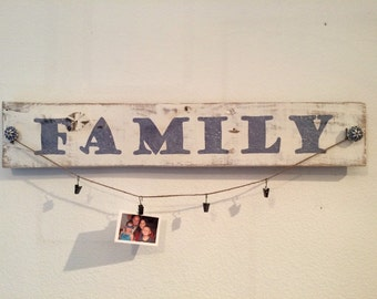 FAMILY Rustic Wood Picture Display Board