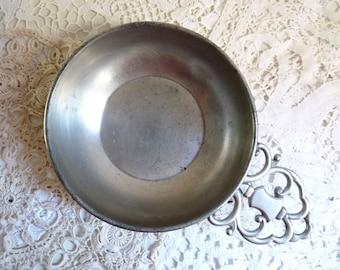 Vintage PEWTER BOWL, Large Porringer Bowl. Made in Holland by Royal Holland Pewter, KMD Tiel.
