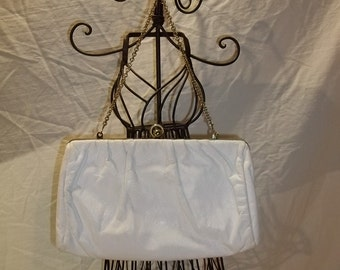 Vintage Purse ETRA White Leather Clutch Hide-a-Away Chain Handle Vintage Purse Vintage Clutch Free Shipping