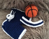 Newborn Photo Prop, Baby Basketball set,Basketball shorts,Headband and ball,Crochet basketball set