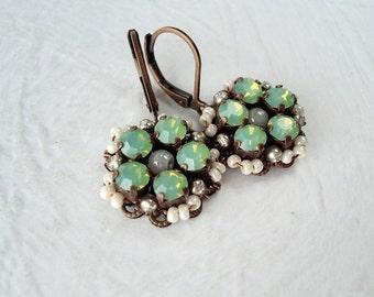 Mint Green Earrings. Vintage Style Earrings. Green Opal Jewelry. Crystal Opal Jewelry. Mint Earrings. Green Jewelry