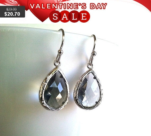 Gray teardrop wedding Earrings  ,Drop, Dangle, Glass Earrings, Gemstone,bridesmaid gifts,Wedding jewelry,christmas gift, cocktail jewelry