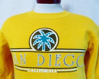 vintage 80's 90's San Diego California yellow gold fleece graphic sweatshirt tourist travel souvenir palm tree puffy print  crew neck Small