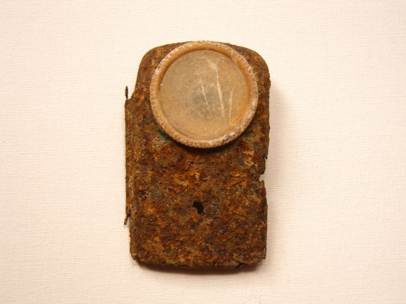 Rusty Vintage pocket flashlight / Vintage TORCH flashlight /vintage battery lamp / military and camping accessory
