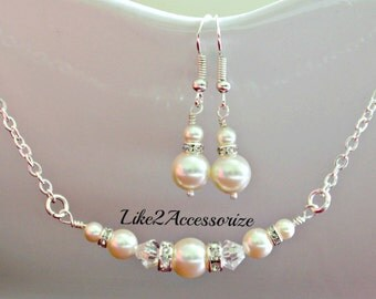 Bridesmaid Jewelry Bridal White Pearl Necklace and Earring Set Swarovski Ivory Pearl Wedding Accessories Bridal Party Gift Set Bridal Shower