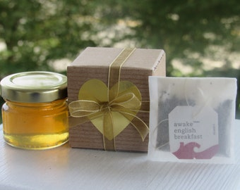 Set of 40 - Cup-Of-Tea-In-A-Box - Fine Tea & Gourmet Honey - Favor Boxes for Tea Parties, Bridal Shower, Wedding Favours and More