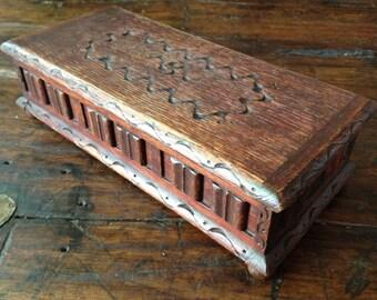English Oak Rustic Wood Trinket Jewelry Box, Music Box