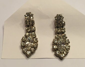 set of Rhinestone pierced Earrings, 30 mm long (A11)