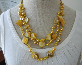 Vintage Yellow Necklace, Shell and Faux Pearls, Nice Piece