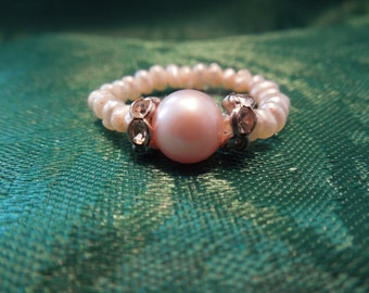 Vintage Pearl Ring, Cultured Pearls with Rhinestones, Excellent Condition
