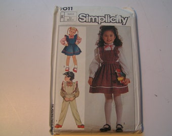 Simplicity Pattern 7011 Child Blouse Jumper and Overalls