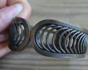 Pretty antique style hinged clamper bracelet / copper cuff bracelet / YCDKLA