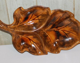 Retro Leaf Ceramic Serving Dish - Vintage - Mad Men - California Pottery - Mid Century - Collectibles - Home Decor