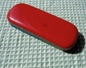 ENAMEL GLASSES CASE