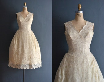 Sasha / 60s wedding dress / short wedding dress