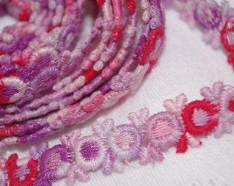 Vintage Trim / Ribbon: 1960s Flowers Purple Pink Red Flowers