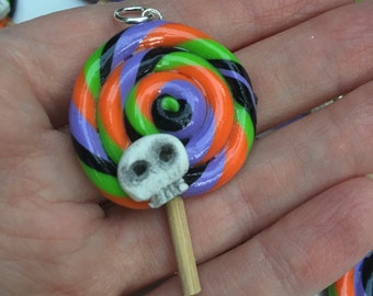 Halloween Swirl Skull Lollipop Pendants with Wooden Sticks, Sold Individually, Approximately 30mm