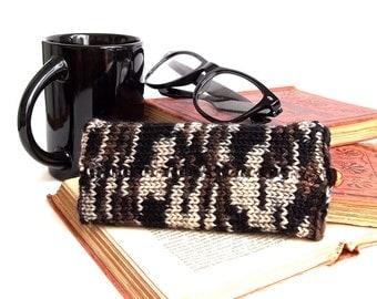 SALE - 25% Off! Glasses Case, Reading Glasses Cozy, Eyeglasses or Sunglasses Holder. Knitted Glasses Case in Beige, Brown and Black.