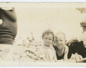 Vintage Snapshot Photo: At the Beach, c1920s-30s  (69505)