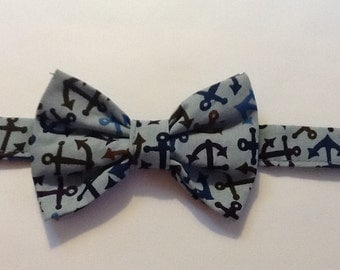 Bow Tie - Men's Bow Tie, Blue with brown anchors - Adjustable - self tie o pretied