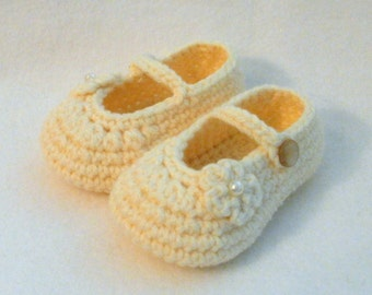 Crochet Baby Booties Ivory Baby Booties Cream Crochet Booties Baby Girl Booties Ivory Baby Girl Booties