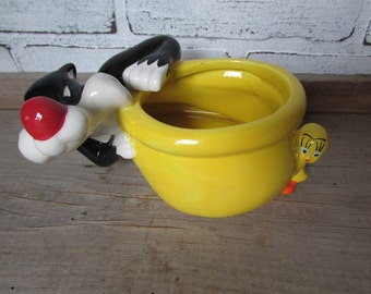 Sylvester and Tweety Bird Planter Vintage Warner Brothers