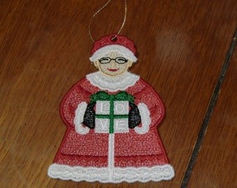 Embroidered Ornament - Christmas - Mrs. Claus W/Present - Small