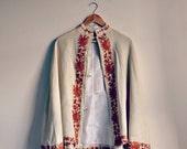 pretty vintage cape with cornelli embroidered details