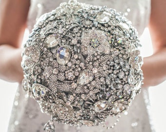 FULL PRICE! 8'' Crystal wedding brooch bouquet, The Great Getsby brooch bouquet Jeweled Bouquet. Quinceanera keepsake bouquet Ready to ship