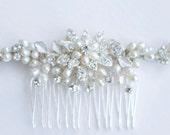 Pearl hair comb. Vintage inspired hair piece Bridal hair accessories. Bridal hair comb Wedding hair accessories
