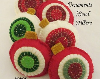 ORNAMENT BOWL FILLERS Set of Six Red  and White Felt With Pennies Holiday Décoration