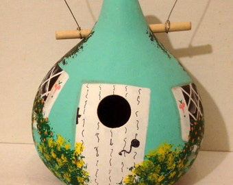 Turquoise, White Folk Heart Cottage Kettle Gourd Birdhouse, X-Large, Handpainted (GBHC566)