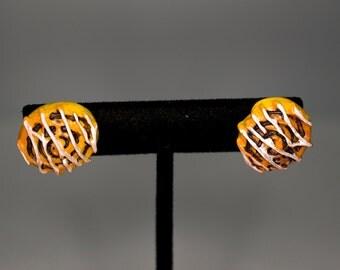 Cinnamon Bun Earrings