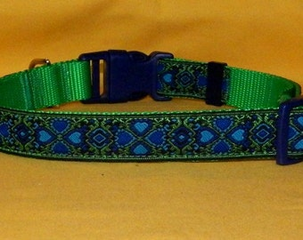 Blue and green shamrocks collar