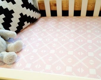 Tri As You Will White on Peach Fitted Crib Sheet