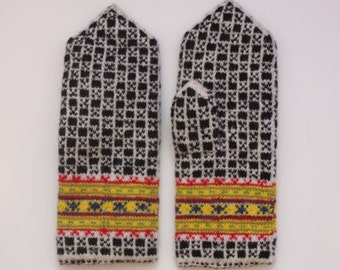 Handmade black and white traditional double wool mittens