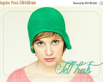 On sale WOMEN Felt hat / Grass green felt cloche vintage style handmade hat, gatsby style women hat